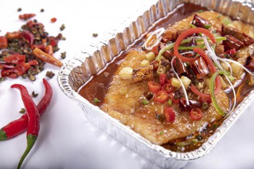 改变传统烤鱼技术,恋上鱼的猫无骨烤鱼捞饭开创餐饮新时代!