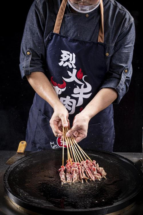 告别PM2.5!孟师傅烈火牛肉:打造舒适就餐环境