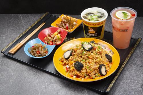 饭主播茶油炒饭:每份炒饭都精益求精,食客吃着更放心!