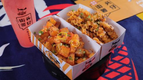 锅巴土豆你吃过吗?馋掉牙街头薯仔,味道特殊,感动你的味蕾!